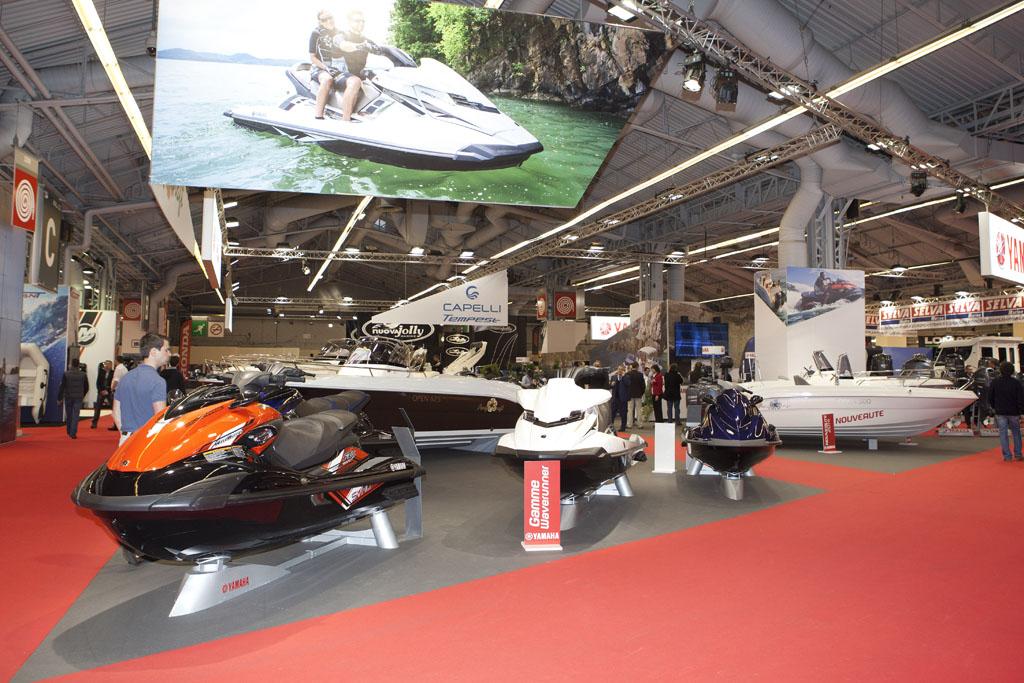 Salon nautique de paris 2013 yamaha au salon nautique de for Parking porte de versailles salon nautique