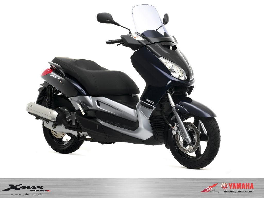 nouveaut scooter yamaha x max 125 39 06 un nouveau scooter 125 pratique confortable et sportif. Black Bedroom Furniture Sets. Home Design Ideas