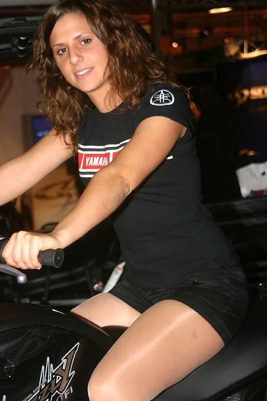 Mondial du deux roues 2007 stand yamaha du salon de la for Salon 2 roues porte de versailles